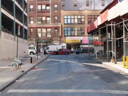 03.howard.street