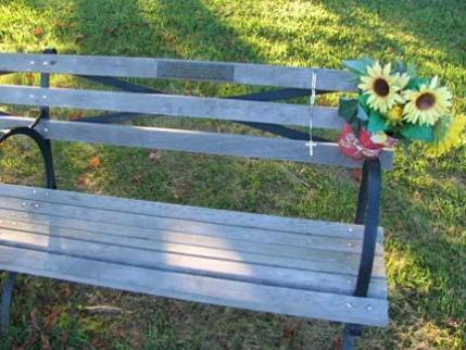 07.bench