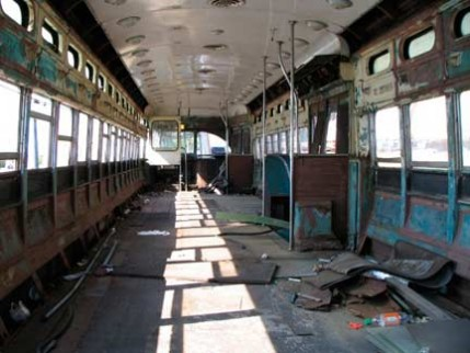 08.trolley.interior