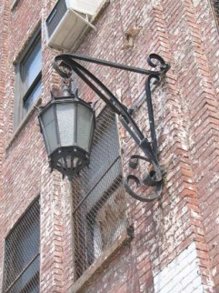 12.westbank.lamp
