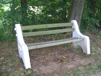 22.stfrancisbench1