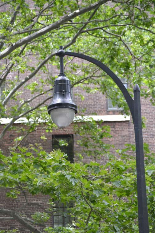 Pedestrian-Lamppost,-East-42nd-St.