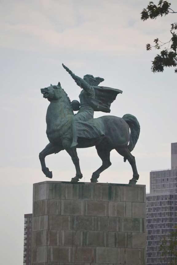 BM.equestrian